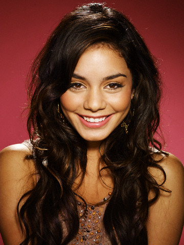 http://2clicks.files.wordpress.com/2007/01/vannesa-hudgens-2006-01.jpg