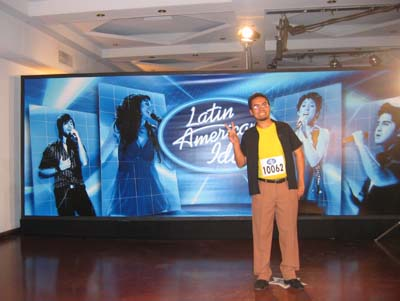 Latin American Idol argentina 2clicks on stage